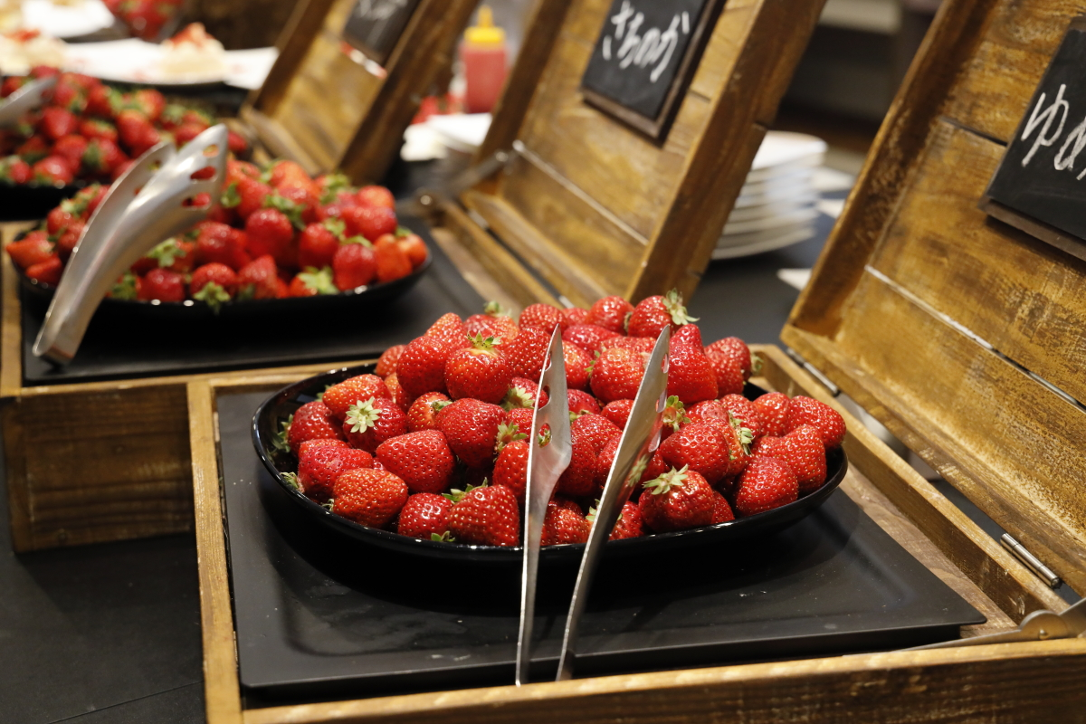 ANAクラウンプラザホテル神戸 ストロベリーブッフェ