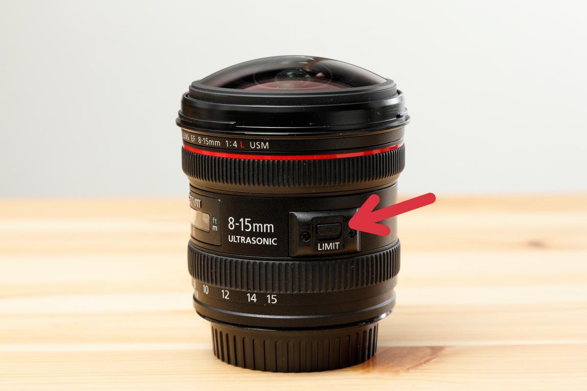 EF8-15mm F4L Fisheye USM 外観 キヤノン 魚眼レンズ
