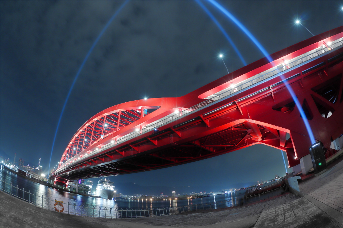 EF8-15mm f/4L FISHEYE USMの作例写真 神戸大橋夜景