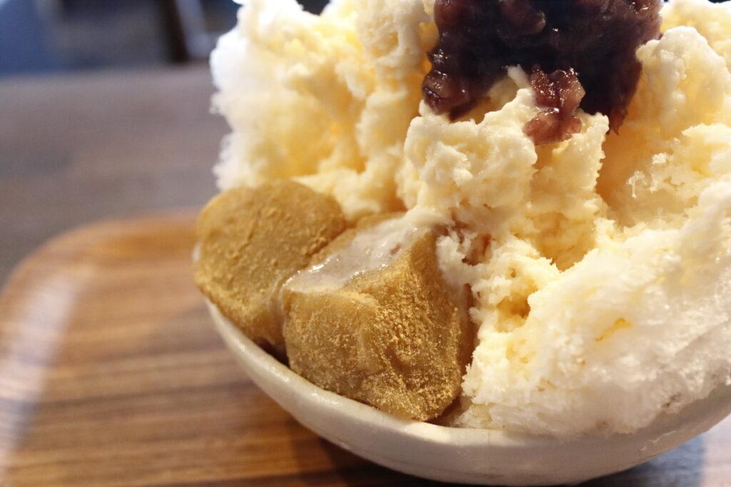 カフェヨディ Cafe Yuddy かき氷 ミルク金時 わらびもちトッピング