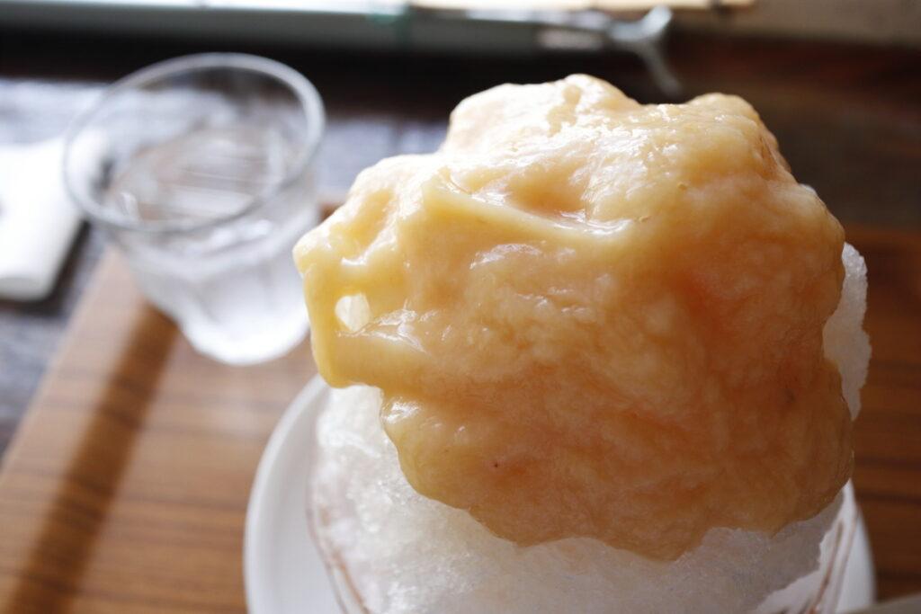 カフェ一日 ひとひ かき氷 桃